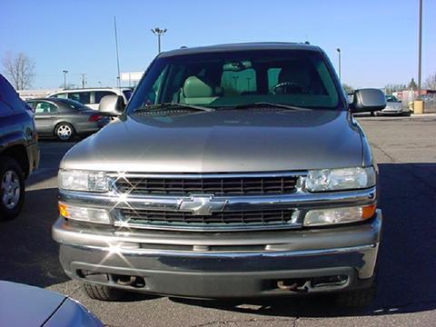 2001 Chevrolet Suburban for sale in Pontiac, MI