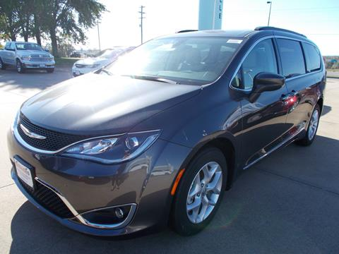 2017 Chrysler Pacifica for sale in Perryville MO