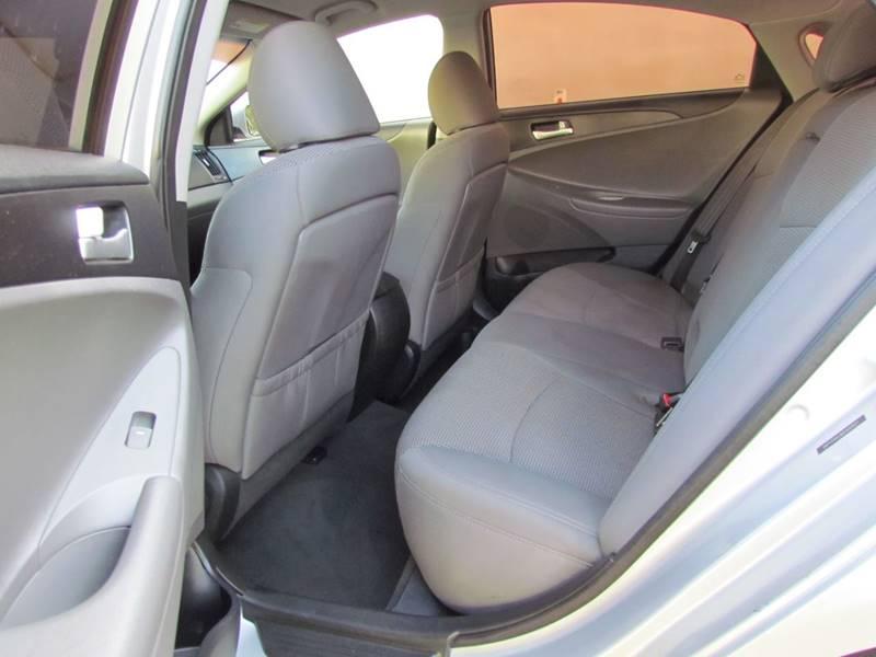 2013 Hyundai Sonata GLS 4dr Sedan - Dallas TX