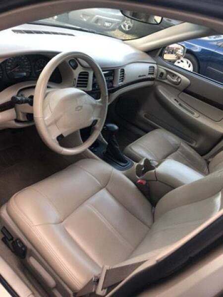 2005 Chevrolet Impala LS (image 4)