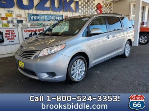 2017 Toyota Sienna LE 7-Passenger for sale at BROOKS BIDDLE AUTOMOTIVE in Bothell WA