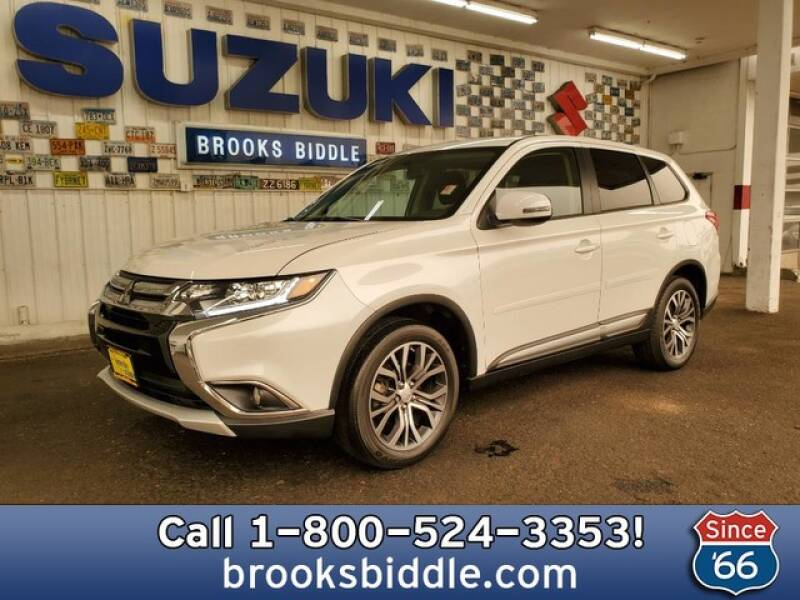 2017 Mitsubishi Outlander for sale at BROOKS BIDDLE AUTOMOTIVE in Bothell WA