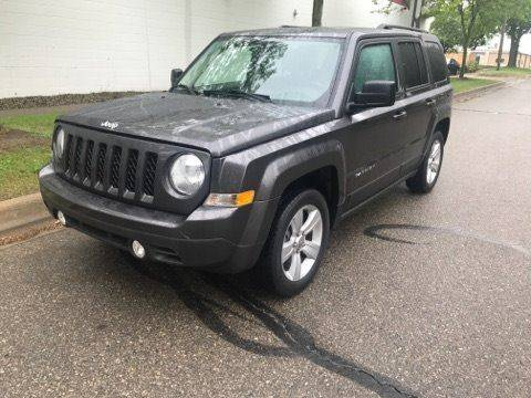 2014 Jeep Patriot for sale at Averys Auto Group in Lapeer MI