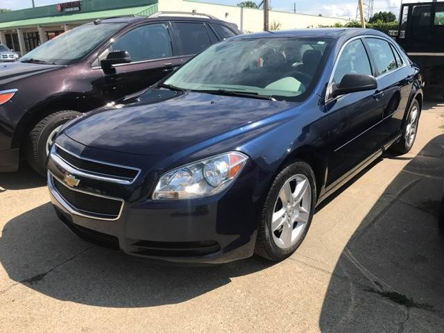 2012 Chevrolet Malibu for sale at Averys Auto Group in Lapeer MI