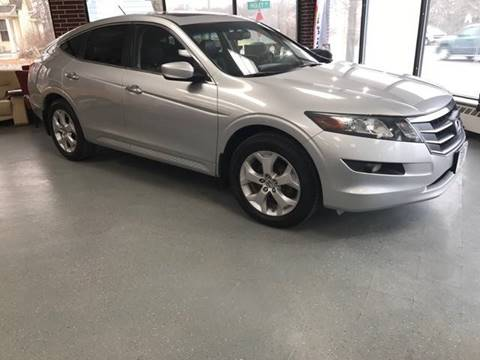 2010 Honda Accord Crosstour for sale at Averys Auto Group in Lapeer MI