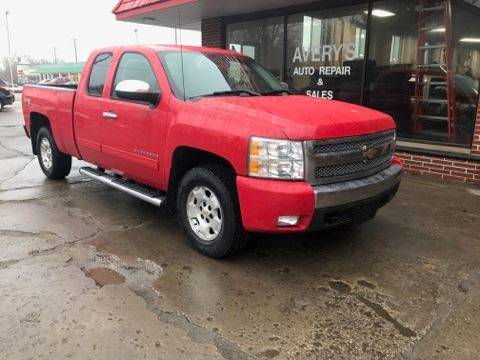 2010 Chevrolet Silverado 1500 for sale at Averys Auto Group in Lapeer MI