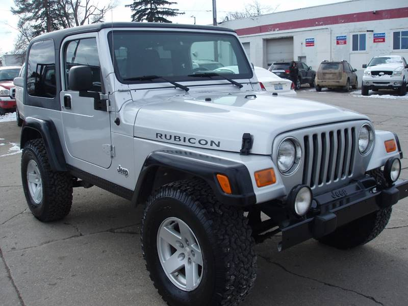 2006 Jeep Wrangler for sale at Averys Auto Group in Lapeer MI