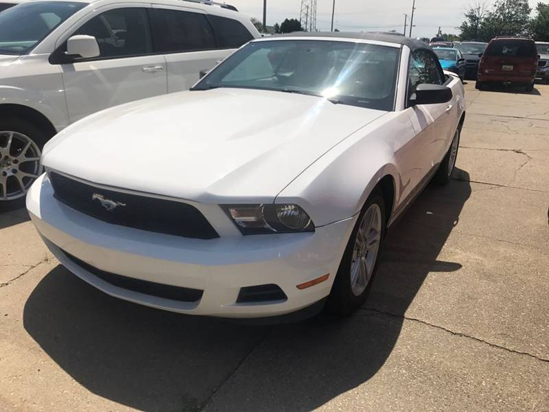 2010 Ford Mustang for sale at Averys Auto Group in Lapeer MI