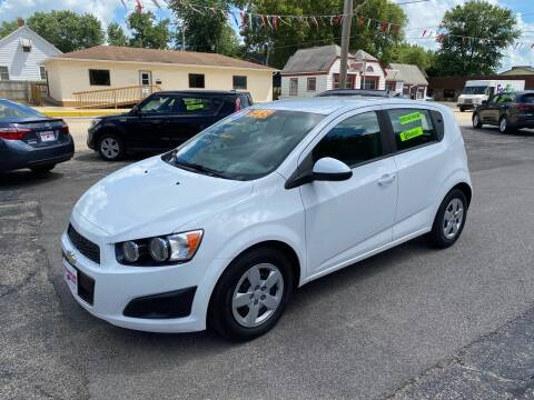 2014 Chevrolet Sonic for sale at PEKIN DOWNTOWN AUTO SALES in Pekin IL