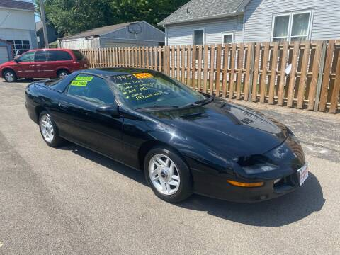 1995 Chevrolet Camaro for sale at PEKIN DOWNTOWN AUTO SALES in Pekin IL