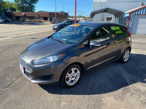 2015 Ford Fiesta for sale at PEKIN DOWNTOWN AUTO SALES in Pekin IL