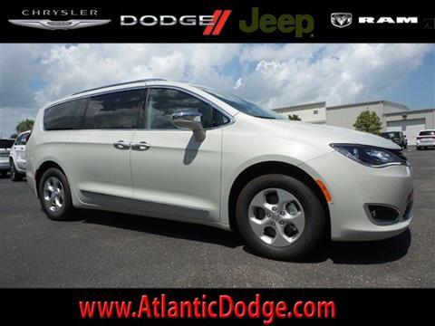 2017 Chrysler Pacifica Hybrid for sale in Saint Augustine, FL