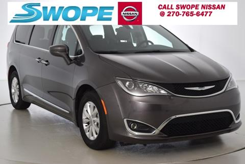 2017 Chrysler Pacifica for sale in Elizabethtown KY