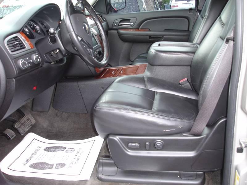2008 Chevrolet Suburban 4x4 LTZ 1500 4dr SUV - New Cumberland PA