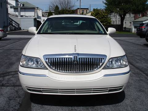 2007 Lincoln Town Car for sale in New Cumberland, PA