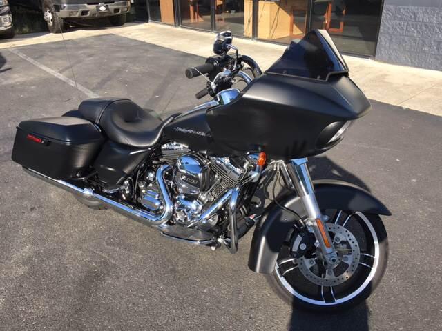 2016 Harley-Davidson Road Glide  - Pleasanton CA