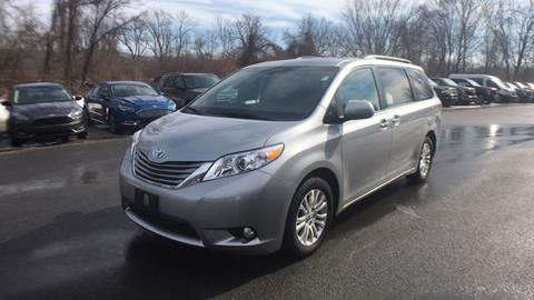 2017 Toyota Sienna for sale in Westminster, VT
