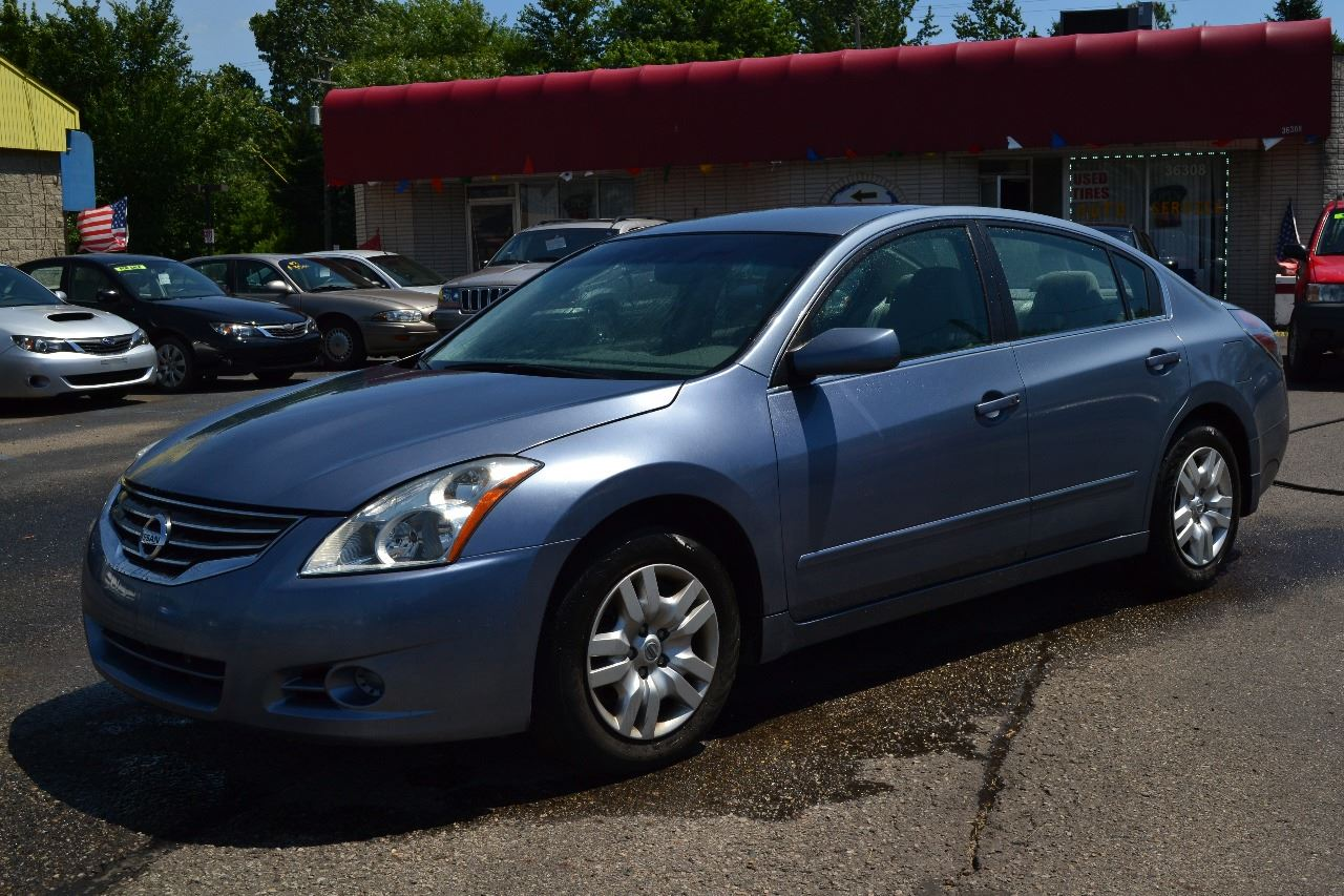 2012 nissan altima 2 5 s 4dr sedan in clinton township mi. Black Bedroom Furniture Sets. Home Design Ideas
