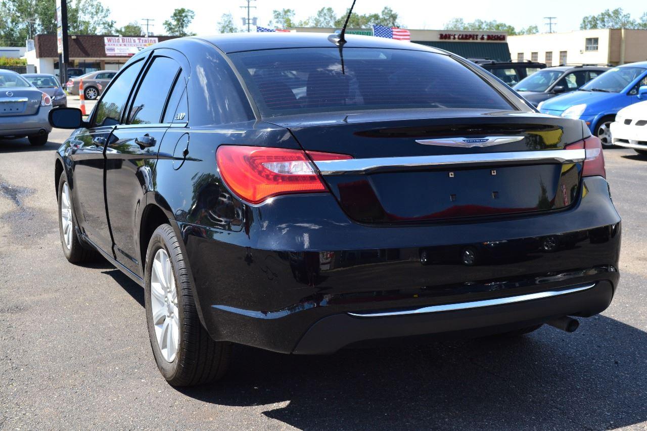 2012 Chrysler 200 Limited 4dr Sedan In Clinton Township MI