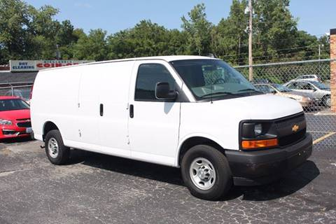 2017 Chevrolet Express Cargo for sale in Painesville, OH