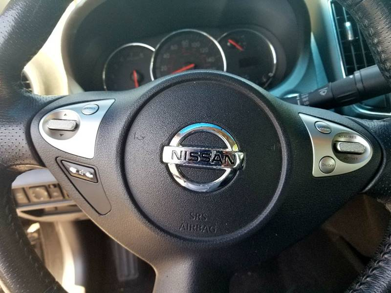 2009 Nissan Maxima for sale at AUTORAMA SALES INC. in Wantagh NY