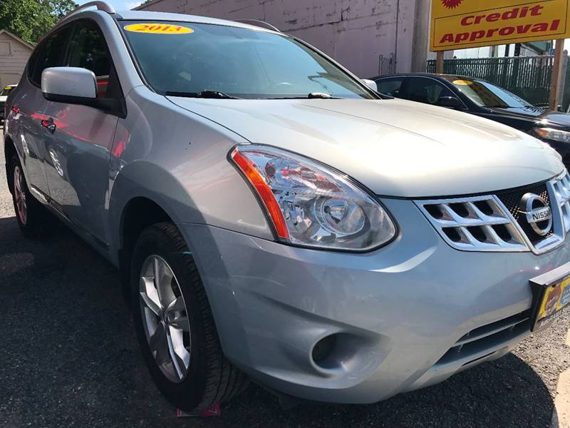 2013 Nissan Rogue for sale at AUTORAMA SALES INC. in Wantagh NY