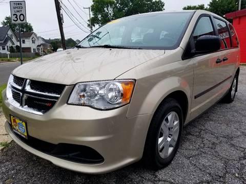 2013 Dodge Grand Caravan for sale at AUTORAMA SALES INC. - Farmingdale in Farmingdale NY