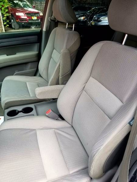 2008 Honda CR-V for sale at AUTORAMA SALES INC. - Farmingdale in Farmingdale NY