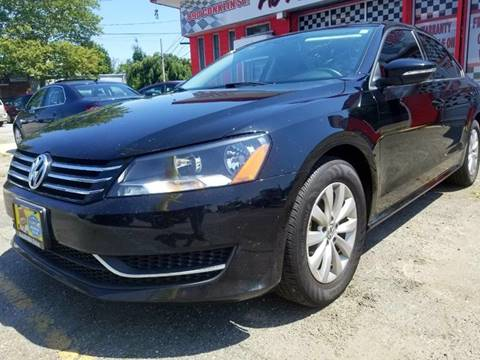 2012 Volkswagen Passat for sale at AUTORAMA SALES INC. - Farmingdale in Farmingdale NY