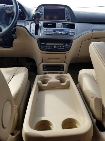 2006 Honda Odyssey for sale at AUTORAMA SALES INC. - Farmingdale in Farmingdale NY