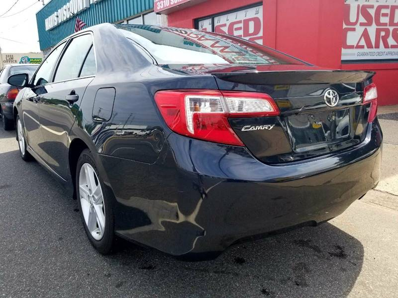 2014 Toyota Camry for sale at AUTORAMA SALES INC. in Wantagh NY