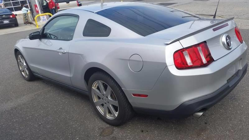 2012 Ford Mustang for sale at AUTORAMA SALES INC. in Wantagh NY