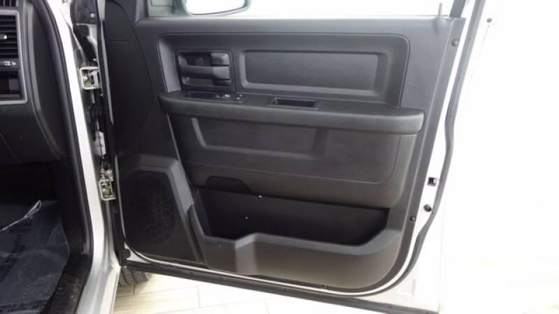 2017 RAM Ram Pickup 1500 4x4 Tradesman 4dr Crew Cab 5.5 ft. SB Pickup - Florissant MO