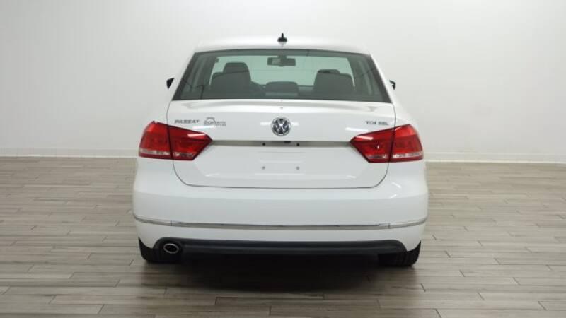 2013 Volkswagen Passat TDI SEL Premium 4dr Sedan 6A - Florissant MO