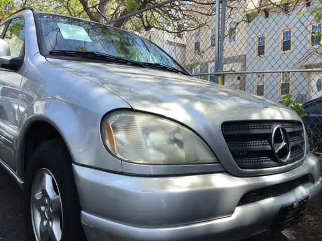 2000 Mercedes-Benz M-Class ML 320 AWD 4MATIC 4dr SUV - Brooklyn NY
