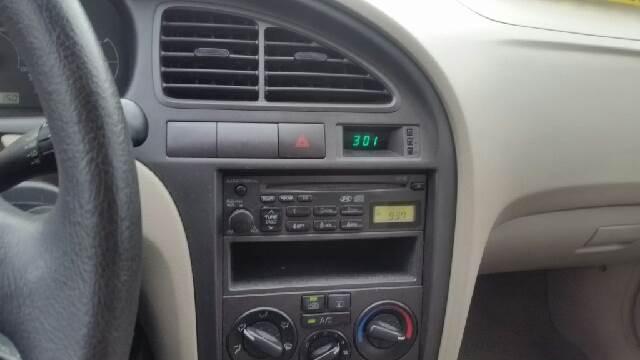 2002 Hyundai Elantra GLS 4dr Sedan - Weirton WV