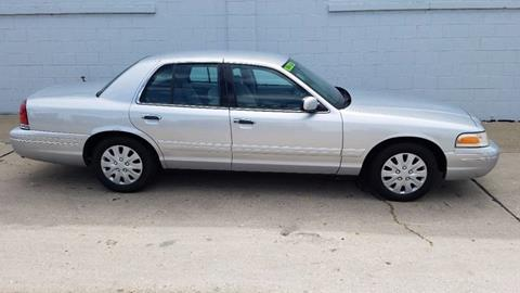 2002 Ford Crown Victoria for sale in Milwaukee, WI