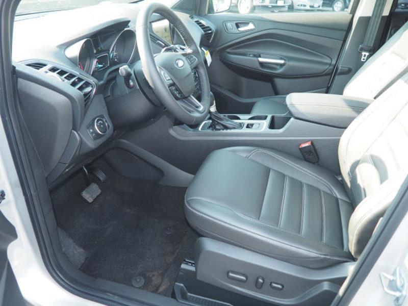 2017 Ford Escape Titanium 4dr SUV - Cortland OH