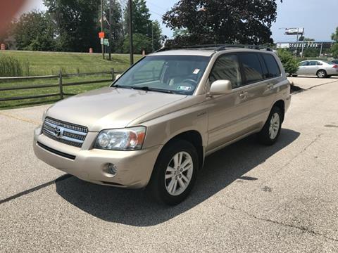 2006 Toyota Highlander Hybrid for sale in Eastlake, OH