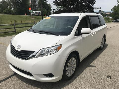 2012 Toyota Sienna for sale in Eastlake, OH