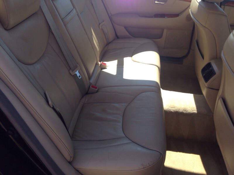 2005 Lexus LS 430 4dr Sedan - Eastlake OH