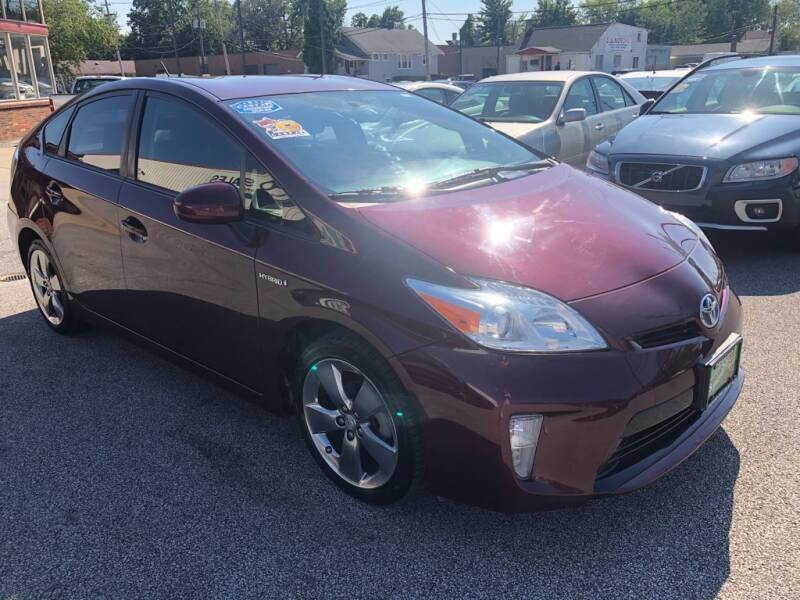 2013 Toyota Prius Persona Series SE 4dr Hatchback - Eastlake OH