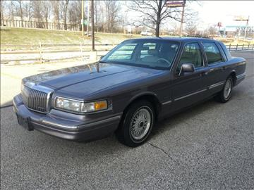 1996 Lincoln Town Car for sale in Eastlake, OH