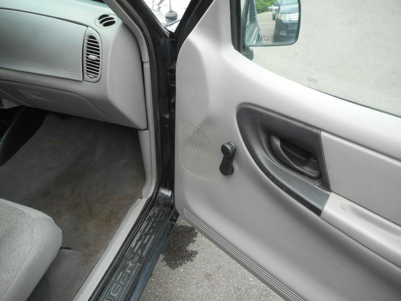 2000 Ford Ranger 2dr XL Extended Cab SB - Cadillac MI