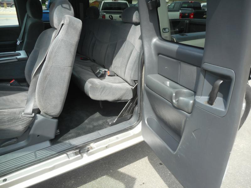 2002 Chevrolet Silverado 1500  - Cadillac MI