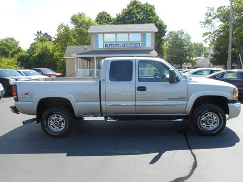 2006 GMC Sierra 2500HD for sale in Cadillac, MI