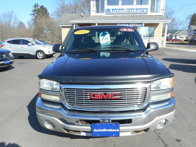 2005 GMC Sierra 1500 4dr Extended Cab SLE 4WD SB - Cadillac MI