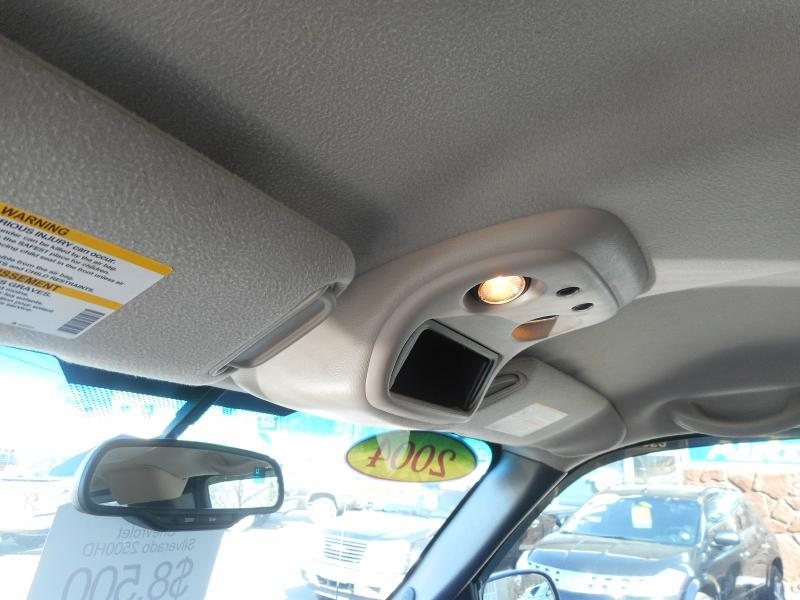 2004 Chevrolet Silverado 2500HD 4dr Extended Cab LS 4WD SB - Cadillac MI