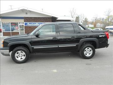 2004 Chevrolet Avalanche for sale in Cadillac, MI
