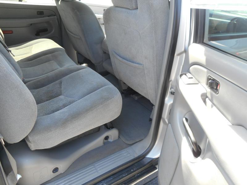 2006 Chevrolet Avalanche LS 1500 4dr Crew Cab 4WD SB - Cadillac MI